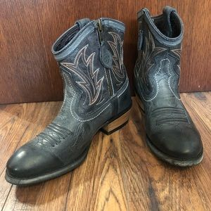Ariat Billie Western Cowboy Leather Ankle Boot 5.5